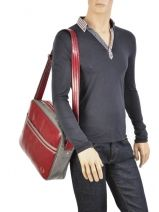 Sac Bandoulière A4 Fred perry Rouge authentic L1180-vue-porte