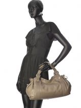 Sac Shopping 24h Cuir Gerard darel Marron 24h 769-401-vue-porte
