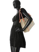 Sac Shopping Isla Michael kors Beige isla S8GZWT3C-vue-porte