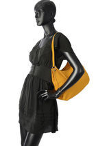 Besace Tradition Cuir Etrier Jaune tradition EHER021-vue-porte