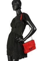 Sac Bandoulière Velvet Milano Rouge velvet VE180602-vue-porte