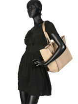 Sac Trapeze Fly Wings Cuir Patrizia pepe Beige fly wings 2V8523-vue-porte