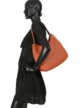 Sac Besace Tradition Cuir Etrier Orange tradition EHER21-vue-porte