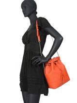 Bucket Bag Ninon Leder Lancel Oranje ninon A10650-vue-porte