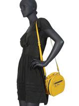 Sac Bandoulière Couture Miniprix Jaune couture HJ1735-vue-porte