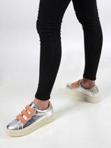 Sneakers scratch-VANESSA WU-vue-porte