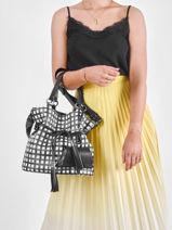 Bucket Bag M Premier Flirt Vichy Leder Lancel Zwart premier flirt A11533-vue-porte